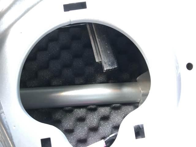 ドア内側の防振と防音処理
