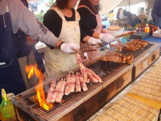 輪島かにまつり能登牛などの串焼き