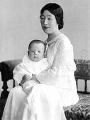 香淳皇后31歳。ふくいくとしたお顔立ち。