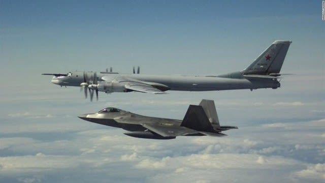 北米航空宇宙防衛司令部,NORAD,ロシア軍機,アラスカ,米空軍,F22,スクランブル,Tu95,ベア爆撃機,Su35戦闘機,インターセプト,ラプター,スクランブル,空自,ステルス戦闘機,飛行機,航空機,パイロット,乗り物,乗り物のニュース,乗り物の話題,