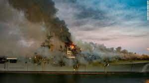 USSボノムリシャール,ボノムリシャール放火,破壊工作,軍法会議,強襲揚陸艦,ボノムリシャール廃艦,火災事故,アメリカ海軍,海戦,戦艦