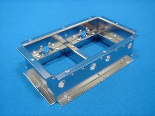 精密板金 丸井工業 製品加工例3