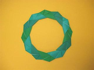おりがみで折るクリスマスリース 創作折り紙の折り方