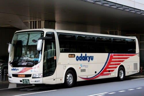 小田急箱根高速バスの新車 5172...