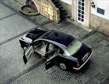 自動車【画像分類】自動車が、バナーの記事。