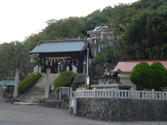 鶴尾神社を訪ねる1(香川の神社5...