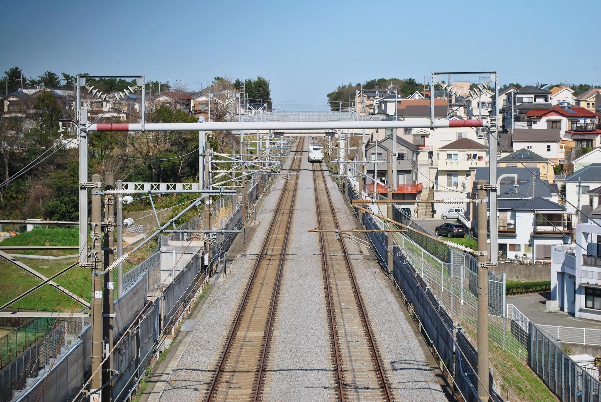 綾瀬は東海道新幹線のモデル線区...