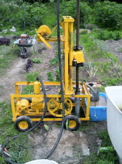 小型井戸掘り機の購入に注意して...