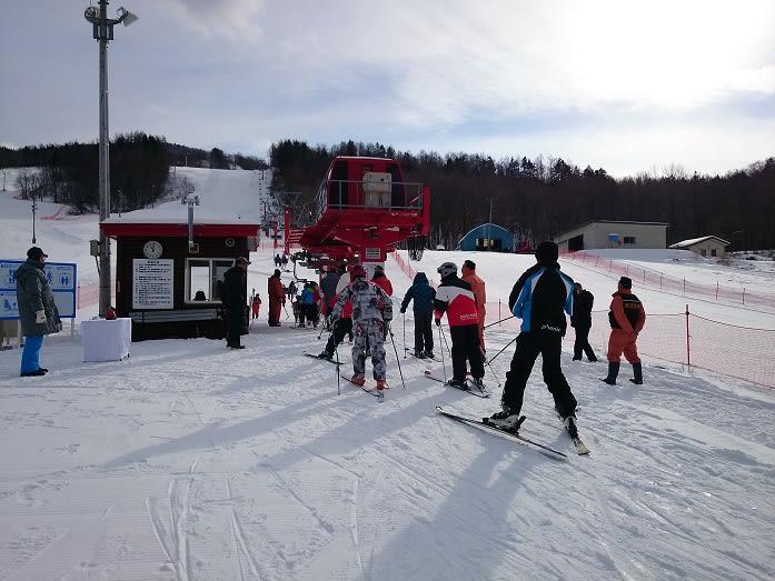 日高国際スキー場オープン - エゾリスくるみちゃん便り