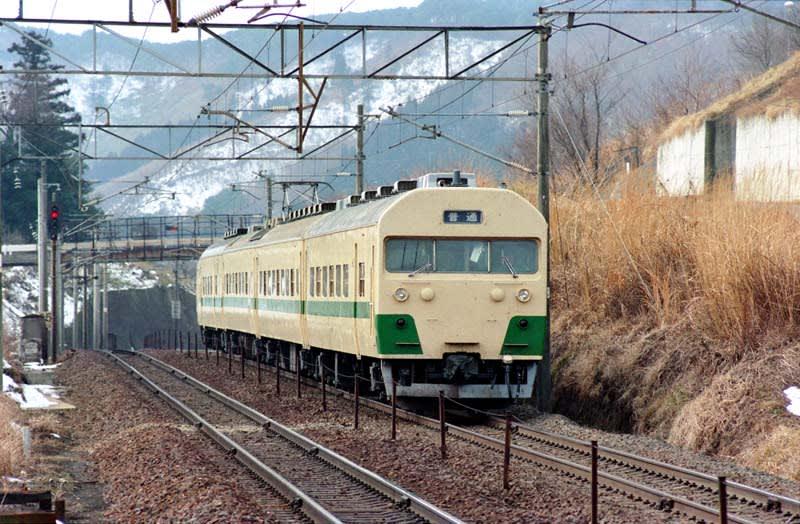 鶴君の機関車観?(館?)