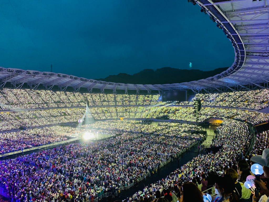 【画像】 BTS防弾少年団が日本ツアー4公演で計21万人を動員の様子がこちらwwwwwwwwwwwwwwwwwwwwwww