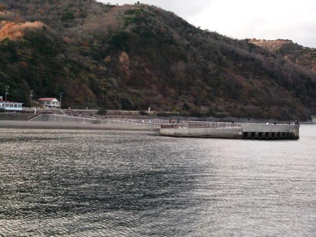 いるか浜堤防