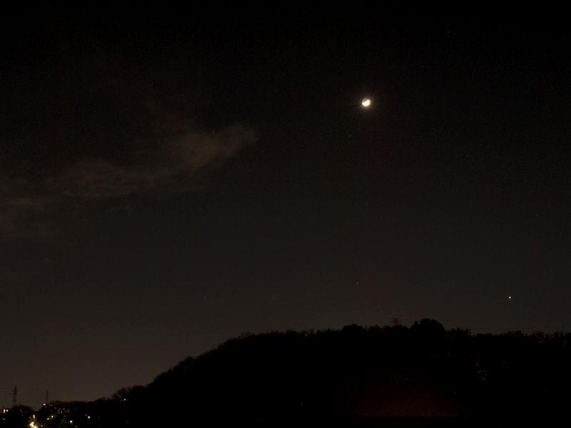 03月24日 月と金星