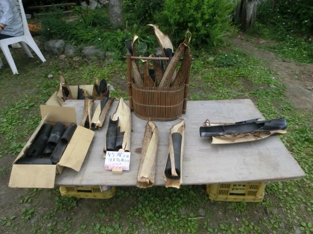 竹炭展示販売