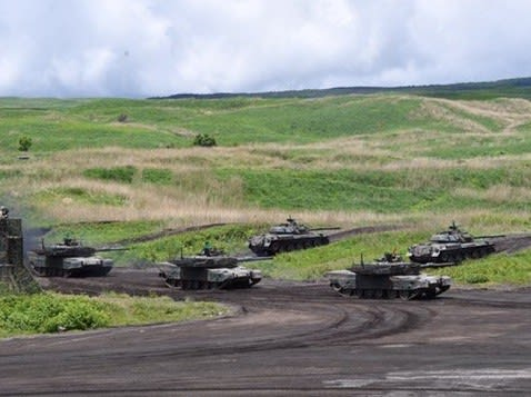 富士総合火力演習,総火演,81mm迫撃砲,ライフル,12式地対艦誘導弾,10式MBT,74式戦車,90式戦車,戦車戦,戦車,装甲車,AFV,防衛,乗り物,乗り物の話題,防衛省,陸上自衛隊,
