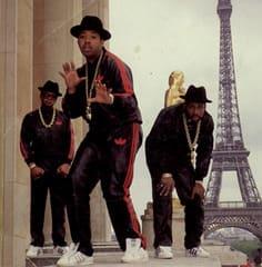 そして、90年代前半。 キャップに、トレーナーが定番。 Dreが若い!!細い!!! にしても、いかついねこの人たち(NWA)ww