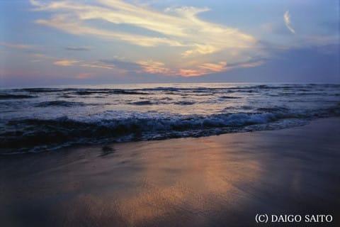 夏終わる海辺
