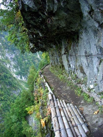 歩道 日電 登山の際はご注意を 黒部峡谷で死亡相次ぐ