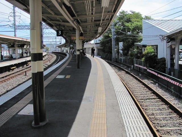 京阪八幡市駅4番線跡