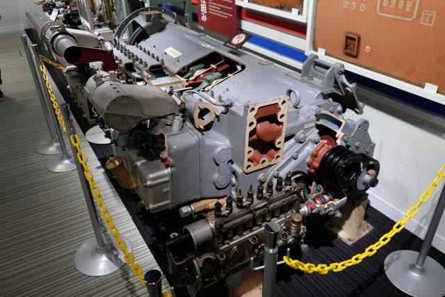 DMH17系エンジン