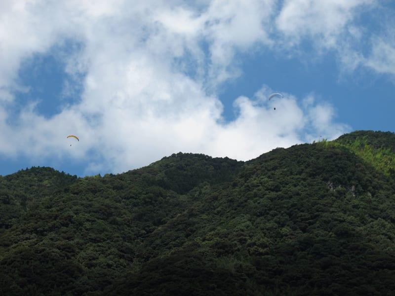 Gliders_cliff