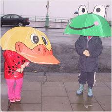 「すぐに傘を壊す子ども ←この記事どう思う」の質問画像