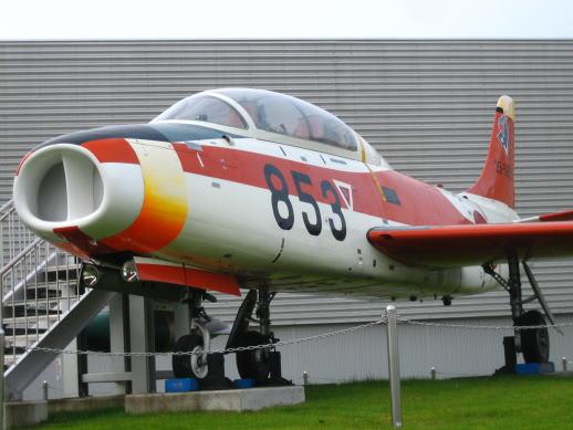 国産初のジェット練習機 初鷹 を...