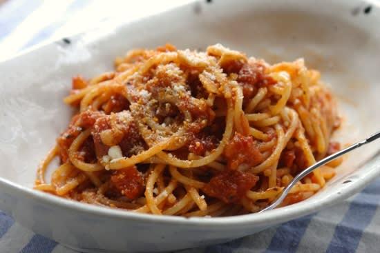 カプリチョーザ トマト と ニンニク の スパゲティ