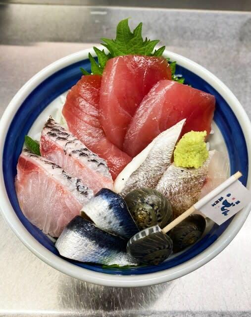 小田原 地魚丼