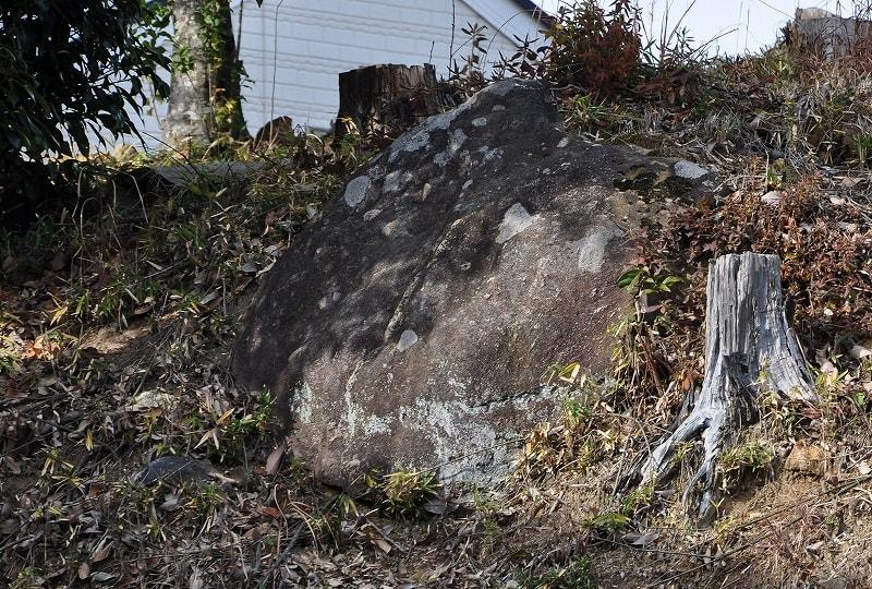 中村古墳石材