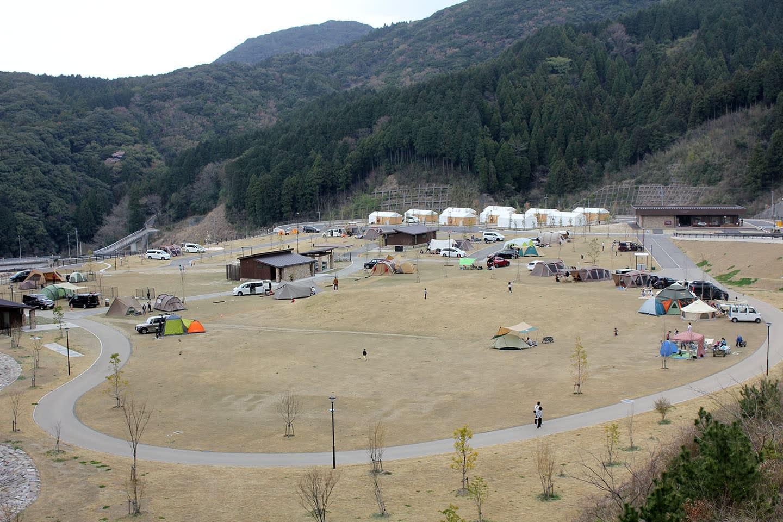 キャンプ ベース モンベル 五ケ山