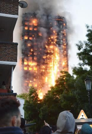 2017 06 15 ロンドン高層住宅火災死者12人 不明者多数、防火設備機能不全か【岩淸水・保管記事】