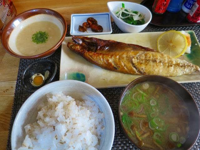 焼き魚定食(サバ)