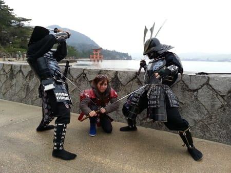 寒かったけど・・・宮島で観光客...