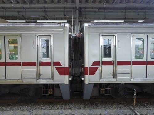 不遇の少数派、東武30000系 - 町田営業所業務日報