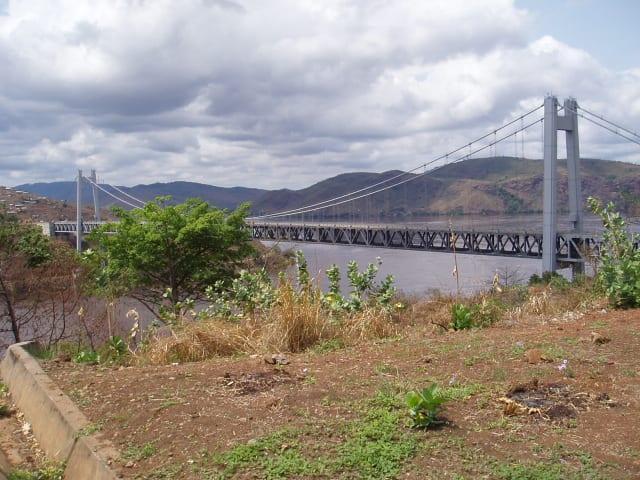 二つのコンゴをつなぐ橋(3)〜...