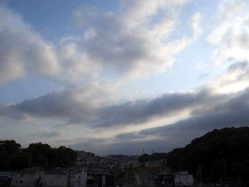 05月27日 朝霞方向