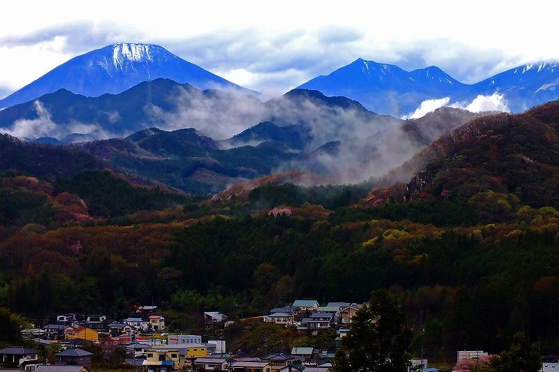 鹿沼市 富士山公園から日光連山 25.4.7 - 栃木の木々