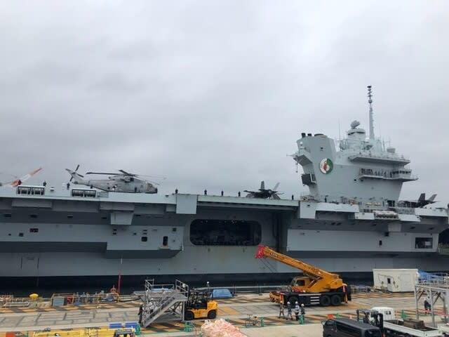 イギリス海軍,英国海軍空母クイーンエリザベスII,クイーンエリザベスII横須賀入港,英空母打撃群,CSG21,英国空母打撃群,空母,戦艦,艦船,