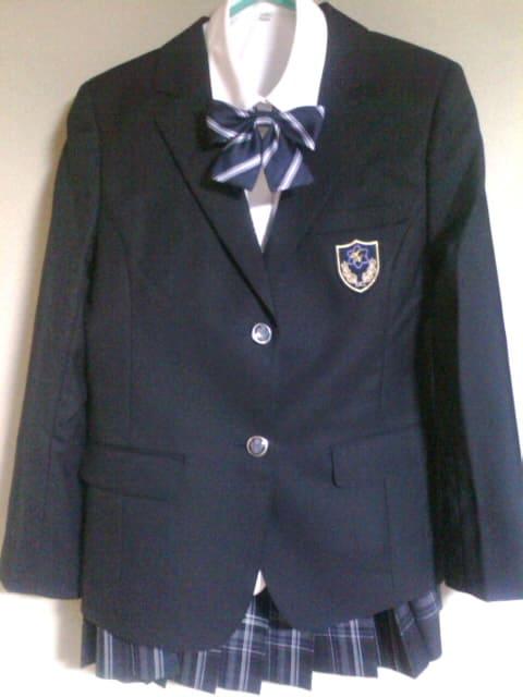 新宿高校の標準服 - 都立新宿高校のすすめ