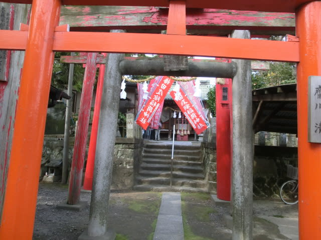 椿田稲荷神社で