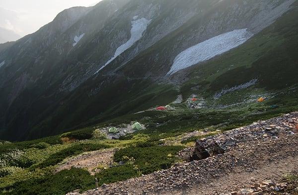 唐松岳頂上山荘のテント場