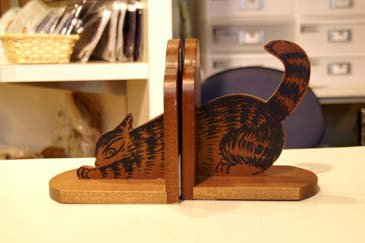 Bookend2