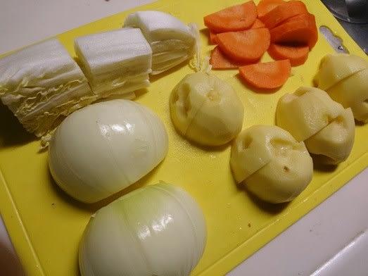 ソーセージとざく切り野菜のポトフ - 獅子丸のモノローグ