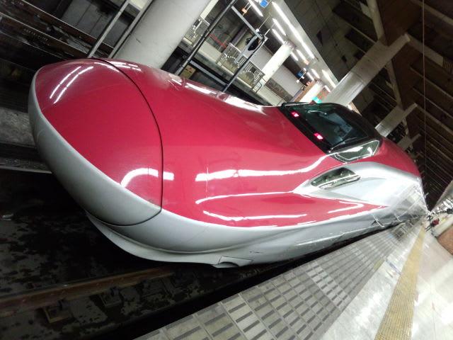 上野駅でスーパーこまちGet  だぜ\(^_^ )