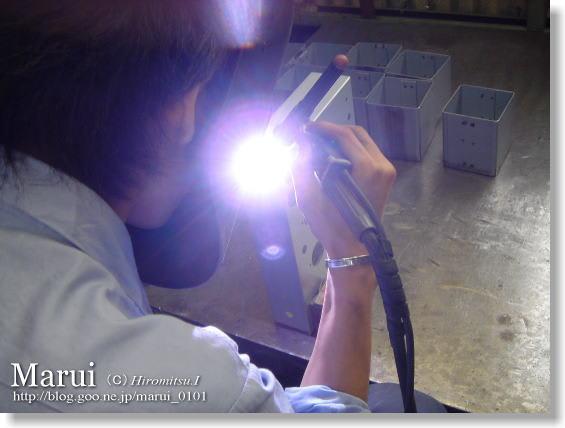 精密板金 丸井工業 手作業によるTIG溶接