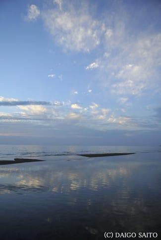 穏やかな海辺