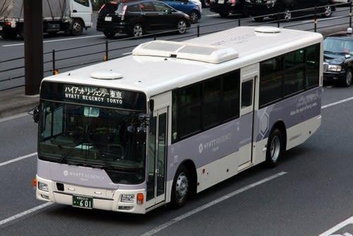 小田急箱根高速バスの新車 601号...