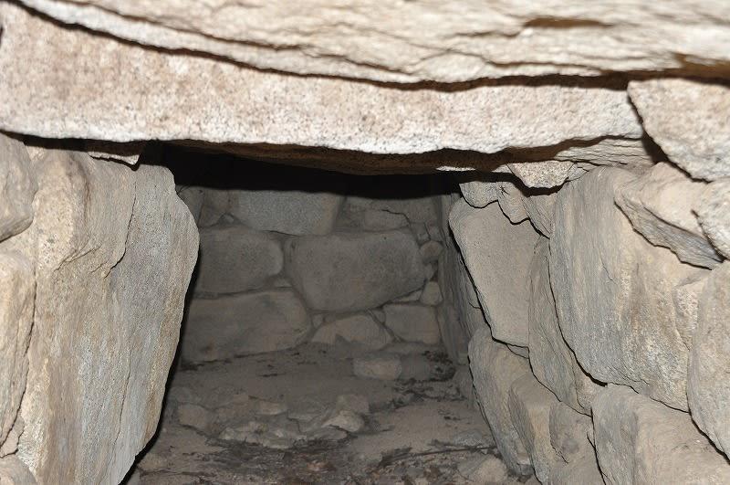 前方部の石室