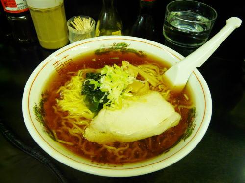 餃子八番のラーメン